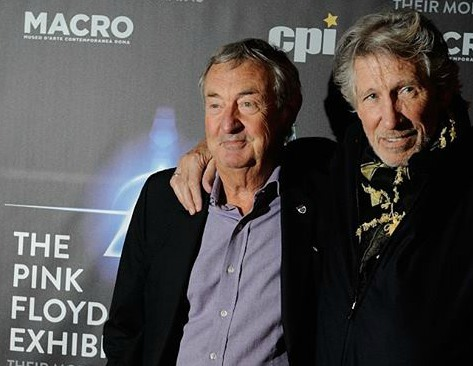 Nick Mason e Roger Waters alla conferenza stampa romana per lanciare la mostra The Pink Floyd Exhibition: Their Mortal Remains ..