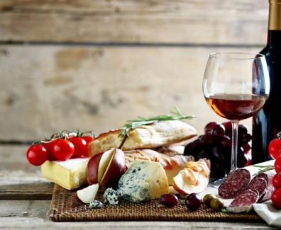 italy-wine-and-typical-food